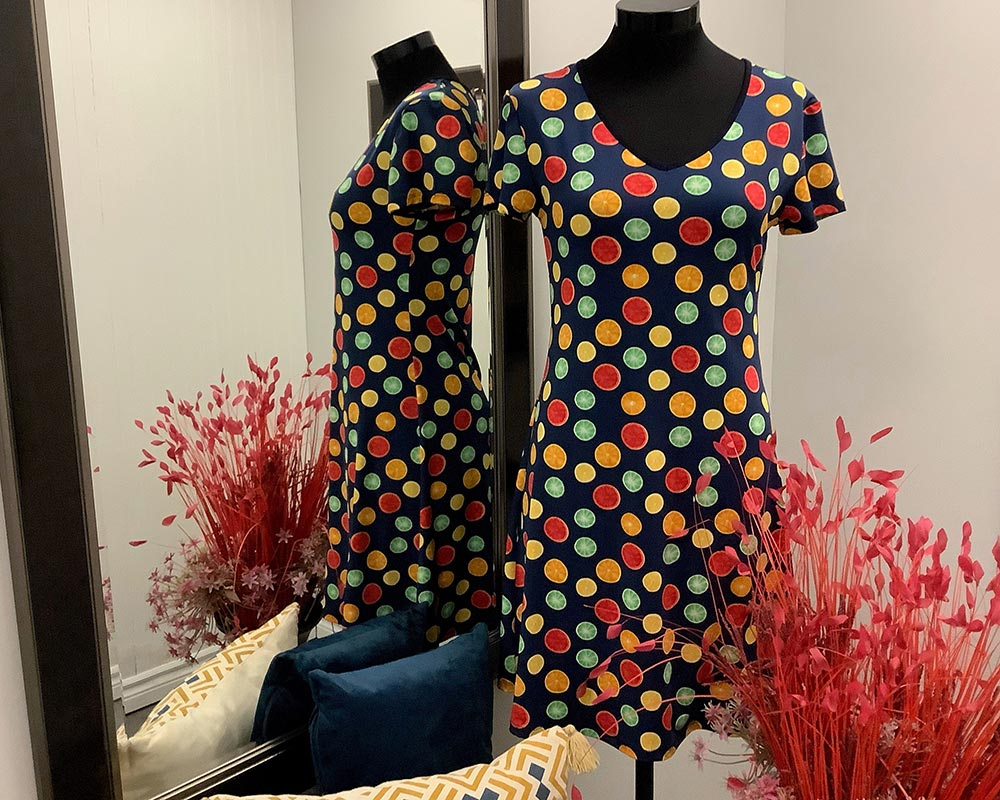 Dresses found in Market Gifts